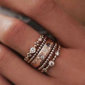 New Gold plated 5 pcs set Rings